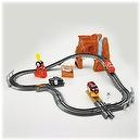 GeoTrax Disney/Pixar Cars Lightning McQueens Close Call
