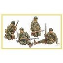 Dragon 1/35 U.S. Army Tank Riders 1944-45 (4 Figures Set) Gen 2