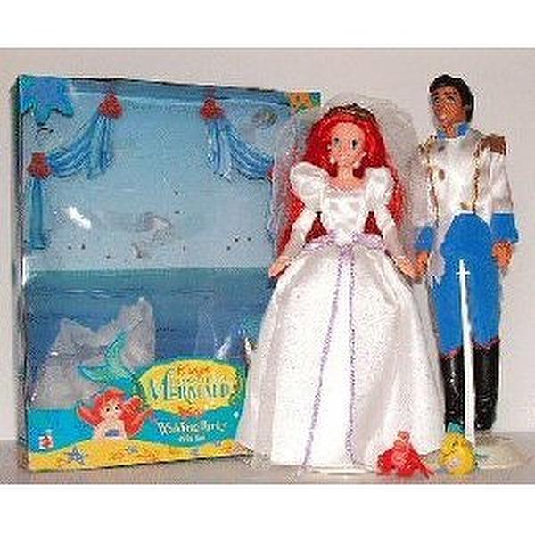Disney&s The Little Mermaid Wedding Party Gift Set