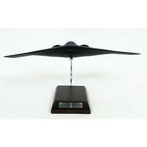 B-2 Spirit - 1/100 scale model