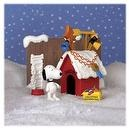 A Charlie Brown Christmas: Snoopys Doghouse Playset